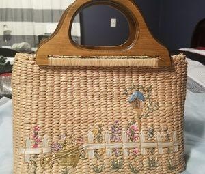 Super cute wicker purse